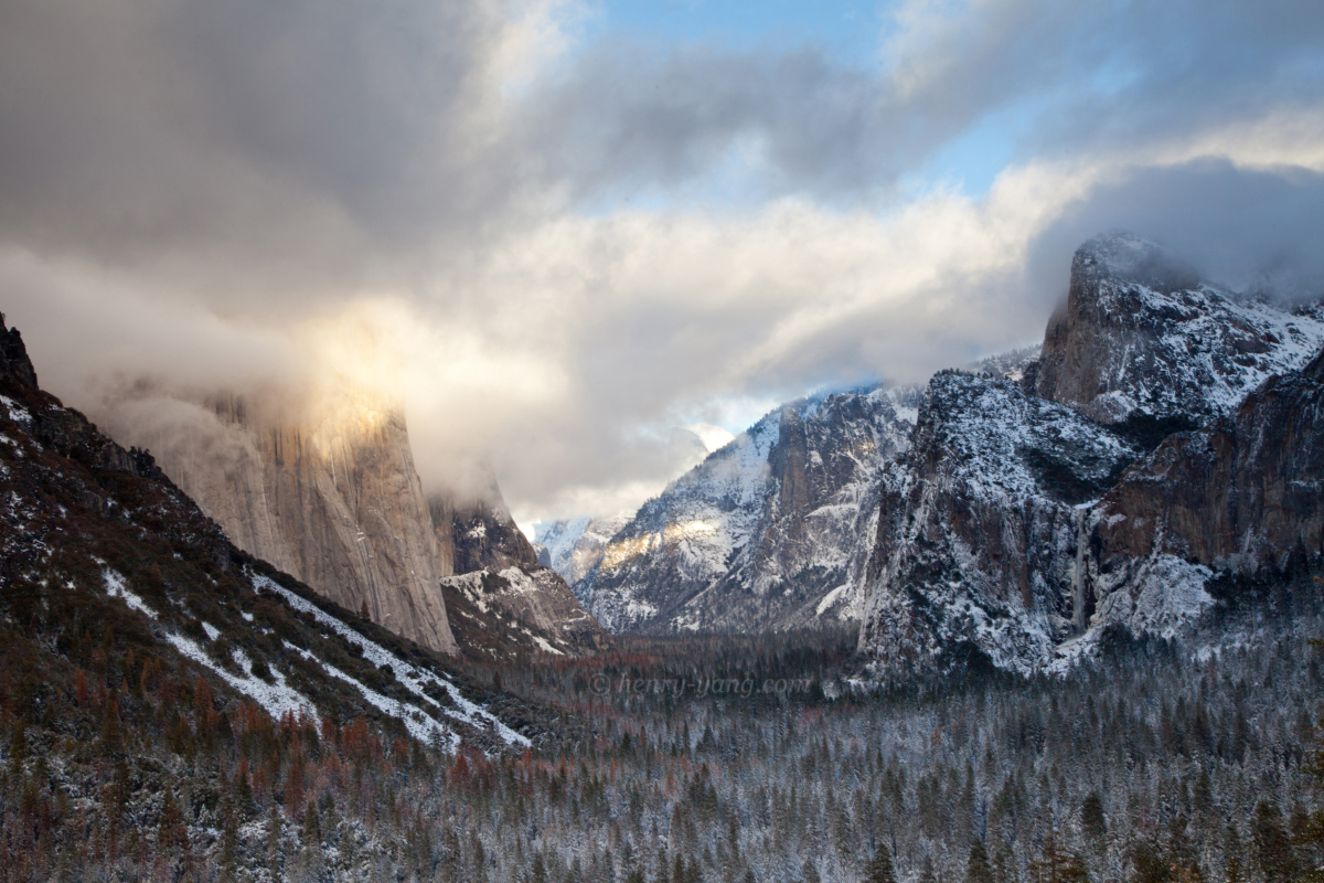 Winter Scenes  Yosemite National Park  California