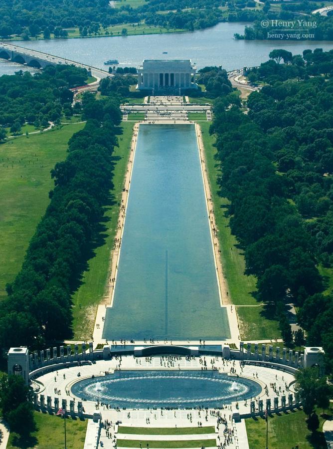 Lincoln Memorial and World War II Memorial, Washington DC, 5/2006
