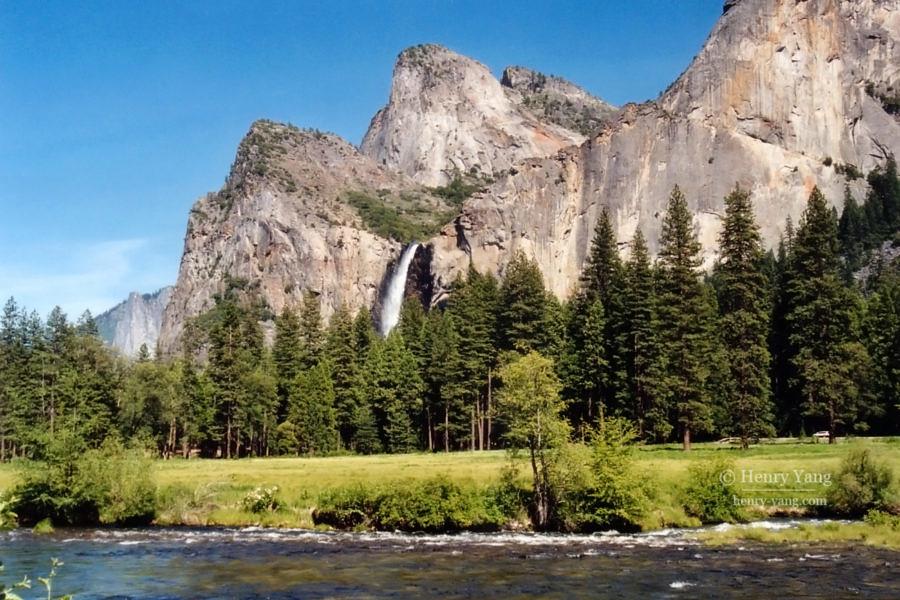 Bridalveil Fall, Yosemite National Park, California, 6/2004
