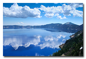 blog-0607-crater-lake.png